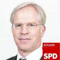Porträtfoto von Dr. Stefan Schieren